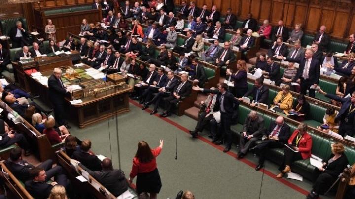 البرلمان البريطاني يوافق على قانون تطبيق بريكست لكنه يرفض طلب جونسون الإسراع في التصويت على الاتفاق