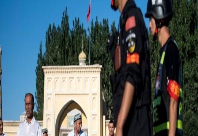 نيويورك تايمز: الصين تتعامل بلا رحمة مع مسلمي الإيغور